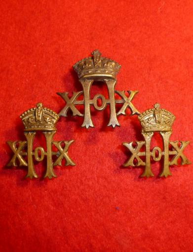 20th HUSSARS VICTORIAN OR`s CAP BADGE & COLLAR SET