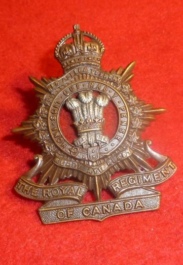 OFFICERS BRONZE THE ROYAL REGIMENT OF CANADA CAP BADGE 1933-52